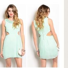 I just discovered this while shopping on Poshmark: Mint 4 You. Check it out!  Size: S