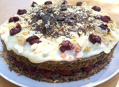 Feketeerdő-süti egyszerűen és diétásan Cheesecake, Desserts, Food, Tailgate Desserts, Deserts, Cheesecakes, Essen, Postres, Meals