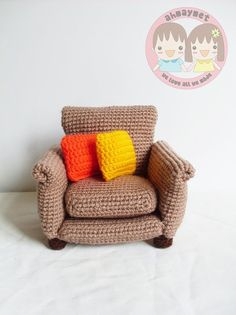 PATTERN : Armchair with 2 cushion rug and knitting basket