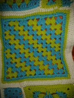 Crochet granny sq Crochet Granny, Blanket, Crochet Pattern, Blankets, Cover, Comforters
