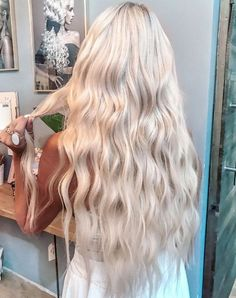 Shop our online store for blonde hair wigs for women.Best Lace Frontal Hair Blonde Wigs Blonde Hair Spray From Our Wigs Shops,Buy The Wig Now With Big Discount. Blonde Hair Spray, Blonde Hair Looks, Platinum Blonde Hair, Blonde Wig, Dyed Hair, Ash Blonde, Platinum Hair Extensions, Blonde Ponytail, White Blonde