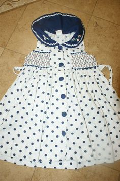 Love this dress- will be keeping an eye out for a similar pattern if I don't already have one that could be adapted. Just too cute!