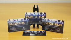 Promote your nightclub or DJ services with clear plastic and make the crowd go wild! Plastic Business Cards, Business Cards Online, Plastic Card, Nightclub, Business Card Design, Crowd, Dj, Prints