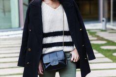 Jennyfer-Khaki_Jeans-Striped_Dress-Blue_Coat-Purificacion_Garcia_Bag-Outfit-Street_Style-33
