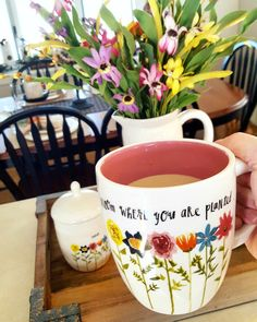 #raedunn Mother's Day collection. #bloomwhereyouareplanted #spring ☕