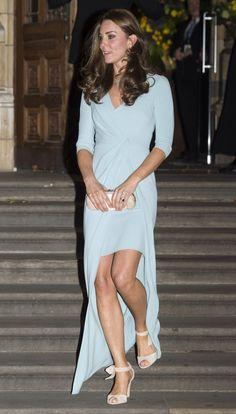 ウェッジソールの靴はエリザベス女王が嫌っている?