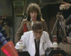 @DrWhoWorldwide He's been doing that kind of thing for years... pic.twitter.com/vl34kNmplg