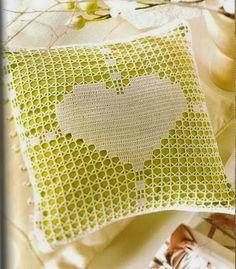 Crochet Pillow Patterns Part 9 - Beautiful Crochet Patterns and Knitting Patterns Crochet Cushion Pattern, Crochet Cushions, Crochet Patterns, Pillow Patterns, Knitting Patterns, Crochet Home Decor, Crochet Art, Hand Crochet, Wiggly Crochet