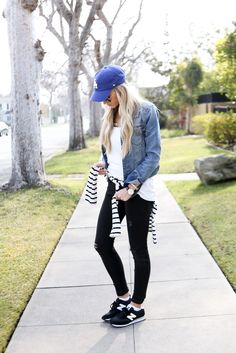 Casual Style: Ripped Skinny Jeans + Sneakers + Jean Jacket