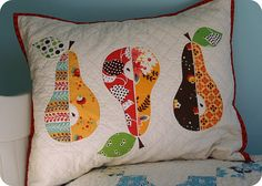 I love pears! And with the hand quilting, what's not to love? Three Pears Mini Quilt from Twin Fibers.