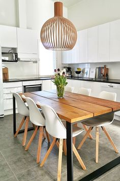 Modern Dining Area has never been so Gorgeous! Discover more about Fresh Modern Dining Area and find your home decor Today. Interior Design Boards, Interior Designing, Interior Decorating, Decorating Ideas, Decor Ideas, Easy Home Decor, Home Decor Trends, Contemporary Decor, Modern Decor