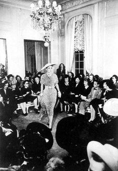 Christian Dior Vintage, Vintage Dior, Vintage Couture, Vintage Style, Dior Fashion, Fashion Photo, Retro Fashion, Vintage Fashion, Fashion Black
