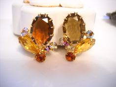 www.etsy.com/shop/FindCharlotte Excited to share the latest addition to my #etsy shop: Earrings Juliana DeLizza & Elster Climbing Cluster Topaz Rhinestones Aurora Borealis Glass Stones Clip On Mid Century Statement Earrings https://etsy.me/2HqQ1PK #jewelry #earrings