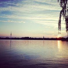 Hamburg Alster, Sundowner #Hamburg #EuropaPassage #EuropaPassage#Hamburg