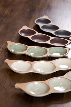 (Cheongbaekwon) (Byeonggyeong Ceramics) Pea Plate (L) Ceramic Tableware, Ceramic Clay, Porcelain Ceramics, Ceramic Bowls, Slab Pottery, Pottery Bowls, Ceramic Pottery, Pottery Art, Cerámica Ideas