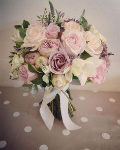 30 Budget-friendly Silk Wedding Bouquets from Lemongrass Wedding Small Wedding Bouquets, Diy Wedding Flowers, Wedding Flower Arrangements, Bride Bouquets, Flower Bouquet Wedding, Bridesmaid Bouquet, Floral Wedding, Floral Arrangements, Wedding Colors