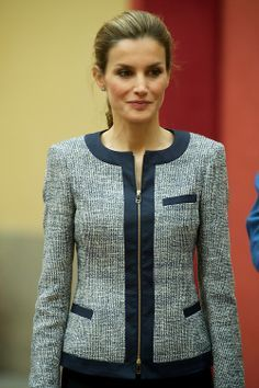 Queen Letizia of Spain attends a meeting with representatives of institutions of social solidarity at Palacio de El Pardo, in Madrid Chanel Style Jacket, Jacket Style, Coats For Women, Jackets For Women, Clothes For Women, Hijab Fashion, Fashion Dresses, Work Jackets, Tweed Jacket