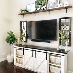 Chic Living Room, Living Room Furniture, Living Room Decor, Bed Furniture, Living Area, Outdoor Furniture, Cheap Home Decor, Diy Home Decor, Tv Wanddekor