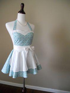 Retro 1950's style apron by thedaintyapronista via etsy    Added to my Amazon wishlist.