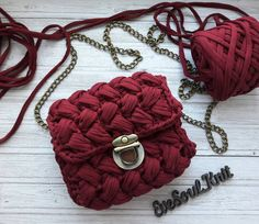 85 Likes, 19 Comments - Корзины, Сумки, Органайзеры ( Crochet Shoes Pattern, Bag Crochet, Mode Crochet, Diy Crochet And Knitting, Crochet Clutch, Crochet Stitches Patterns, Crochet Handbags, Crochet Purses, Handmade Handbags
