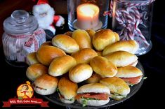 Mini Desserts For Party Mini Desserts, Mini Sandwiches, Finger Foods, Entrees, Hamburger, Brunch, Appetizers, Bread, Cooking