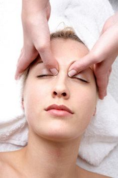 Masaje asitico para piel perfecta face massage and facial collagen is a protein that naturally happens in the body and is present in bones solutioingenieria Images