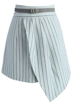 Stepping out in stripes has never looked so sassy! The skirt features an asymmetrical flap, pin stripes and a skinny waist belt.  - Stripe pattern - Waist belt accompany - Concealed back zip closure - Lined - 100% polyester - Machine washable  Size(cm)  Length  Waist  Hip XS       40     66   88 S         40    70   92 M        41    74    96 L         41     78   100 Size(inch) Length  Waist  Hip XS       15.5   …