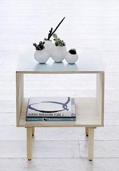Stolik pomocniczy Sky Blue Bloomingville - skandynawski styl w domu, biurze