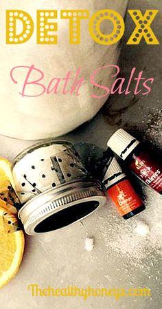 Detox Bath Salts - The Healthy Honeys #detox #essentialoils