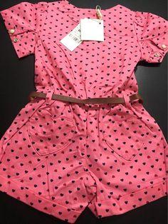 Best 12 Girl's polka dot playsuit – SkillOfKing. Curvy Girl Outfits, Toddler Girl Outfits, Baby Outfits, Kids Outfits, Baby Girl Dress Patterns, Dresses Kids Girl, Baby Dress, Baby Girl Dungarees, Baby Boutique Clothing