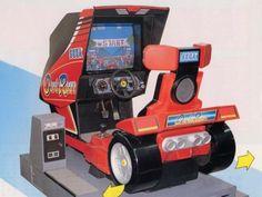 La borne d'arcade Outrun la plus répandue en France. La borne d'arcade que me fait péter une larme quand je le vois !