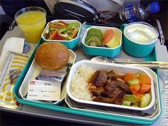Turkish Airlines Photographer: Marco / AirlineMeals.net Route: TK1953, Istanbul IST to Amsterdam AMS, 2006-03-26 Date added: 2009-11-24 Flight duration: 3h 0m Flight class: economy