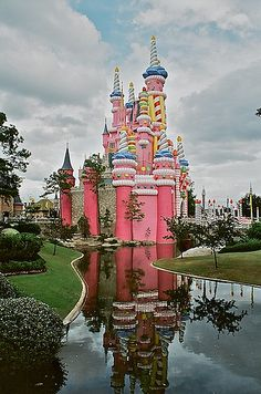 Top Places to Travel in the US..is this the candy land castle???
