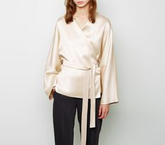 "what-do-i-wear: "" THE ROW - Haki Top """