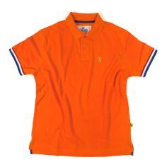 Oranje polo met rood-wit-blauw details en leeuwborduring in goudmetaalgaren.