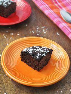 """Vegan """"Peanut Butter"""" Quinoa Chocolate Cake"""