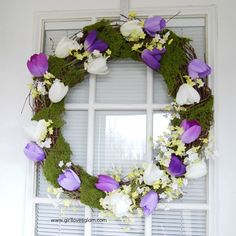 DIY Spring Wreath on