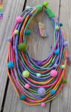 TouchFelty yarn wrapped necklace with felt balls / by MARISCAPES Felt Necklace, Fabric Necklace, Diy Necklace, Textile Jewelry, Fabric Jewelry, Felted Jewelry, Jewellery, Textile Art, Felt Diy