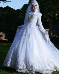 4e9940d01da71 163 Amazing wedding dresses images
