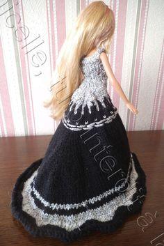 http://laramicelle2210.overblog.com/2015/01/tuto-gratuit-barbie-robe-de-princesse-nyxa.html