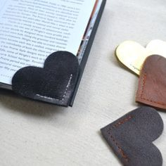 Leather Heart Bookmark – Charming Handmade Book Page Corner Bookmark - Shop All - Whimsical & Unique Gift Ideas for the Coolest Gift Givers Corner Bookmarks, How To Make Bookmarks, Crea Cuir, Heart Bookmark, Creation Couture, Birthday Gifts For Women, Birthday Presents, Book Lovers Gifts, Leather Projects