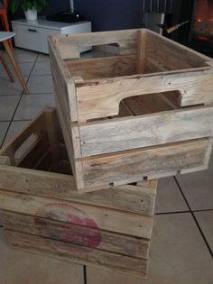 Woodworking Shows, Woodworking Projects Diy, Woodworking Furniture, Small Wood Projects, Scrap Wood Projects, Wooden Planter Boxes, Wood Boxes, Wood Crates, Wood Pallets