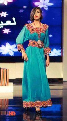 """Résultat de recherche d'images pour """"robe kabyle traditionnelle sans manche 2014"""""""