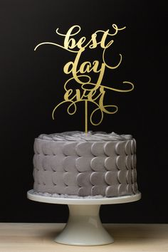 Calligraphy Cake Topper | 15 Pretty Perfect Wedding Cake Toppers