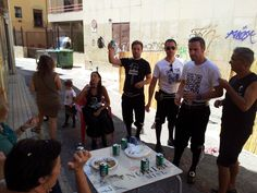 Aperitivo homenaje a los niñ@s de la Vara en el Local de Amparito