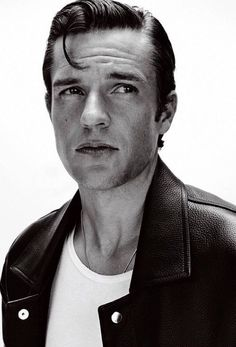 Again the Man: Brandon Flowers for Essential Homme September 2017 Issue - Fashionably Male Most Beautiful Man, Gorgeous Men, Perfect Teeth, Brandon Flowers, Cameron Dallas, Cover Photos, Bad Boys, Celebrity Photos, The Man
