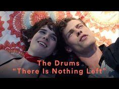 The Drums divulga videoclipe protagonizado pela modelo transgênero Hari Nef - 1001 Videoclips