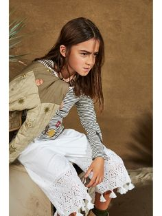 Scotch & Soda kids' collection reimagines a mix of gaucho-styled looks. Cool clashes in camo and stripe work with tasselled detail, nomadic patches and laid-back pocketing. Kids Studio, Scotch Soda, Kid Styles, Child Models, Personal Style, Long Sleeve Shirts, Kids Fashion, Girl Outfits, Dope Clothes
