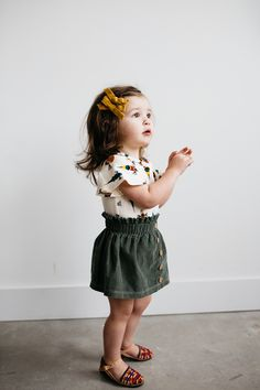Kids Clothing Baby Fashion Discover a fantastic selection of baby and kids clothes like . Kids Clothing Source : Baby Fashion Entdecke eine fantastische Auswahl an Baby- und Kinderkleidung Baby Outfits, Outfits Niños, Little Girl Outfits, Little Girl Fashion, Toddler Fashion, Fashion Clothes, Child Fashion, Children Outfits, Fashion Outfits