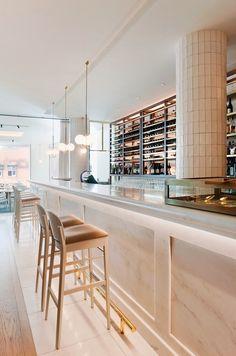 Elegancia en blanco desde Melburne (¿hace un café en el Sheraton?) · White elegance from Melbourne (see you at the Sheraton?)